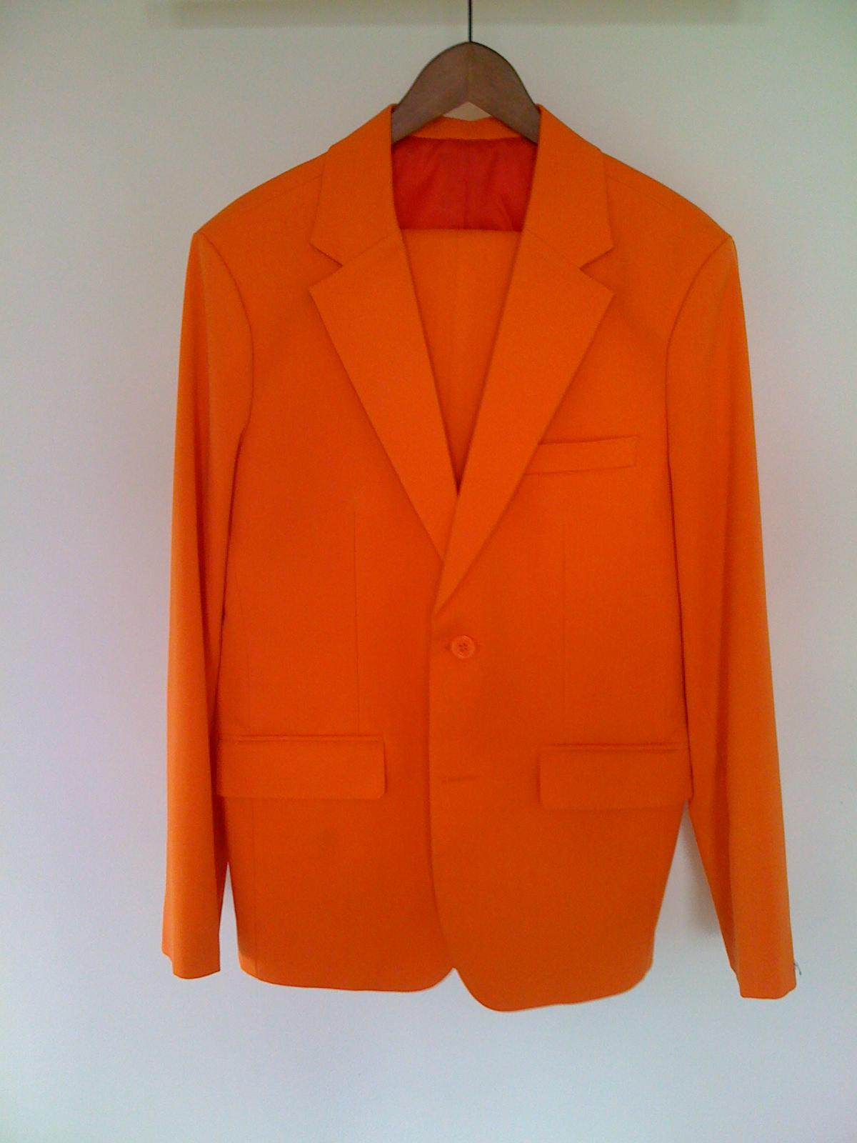 Orange ouftit sample